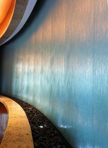 Stiklo-vandens-siena